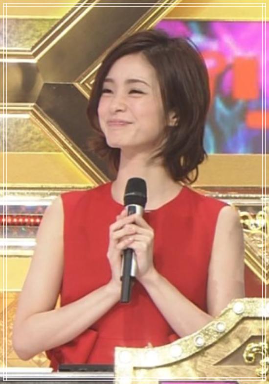 上戸彩2016年M1衣装2