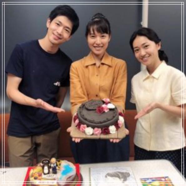 戸田恵梨香に誕生日ケーキ(陶芸)