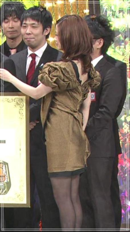 2010年M1上戸彩衣装
